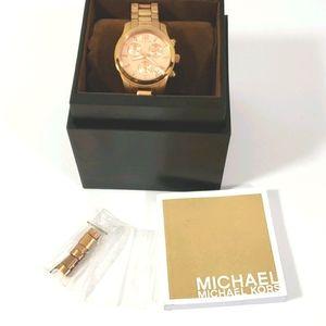 Michael kors watch mk5430  EUC in box